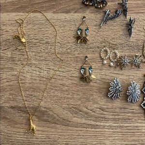 J crew giraffe necklace